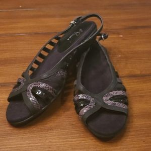 Size 11 sandals A2 by Aerosoles